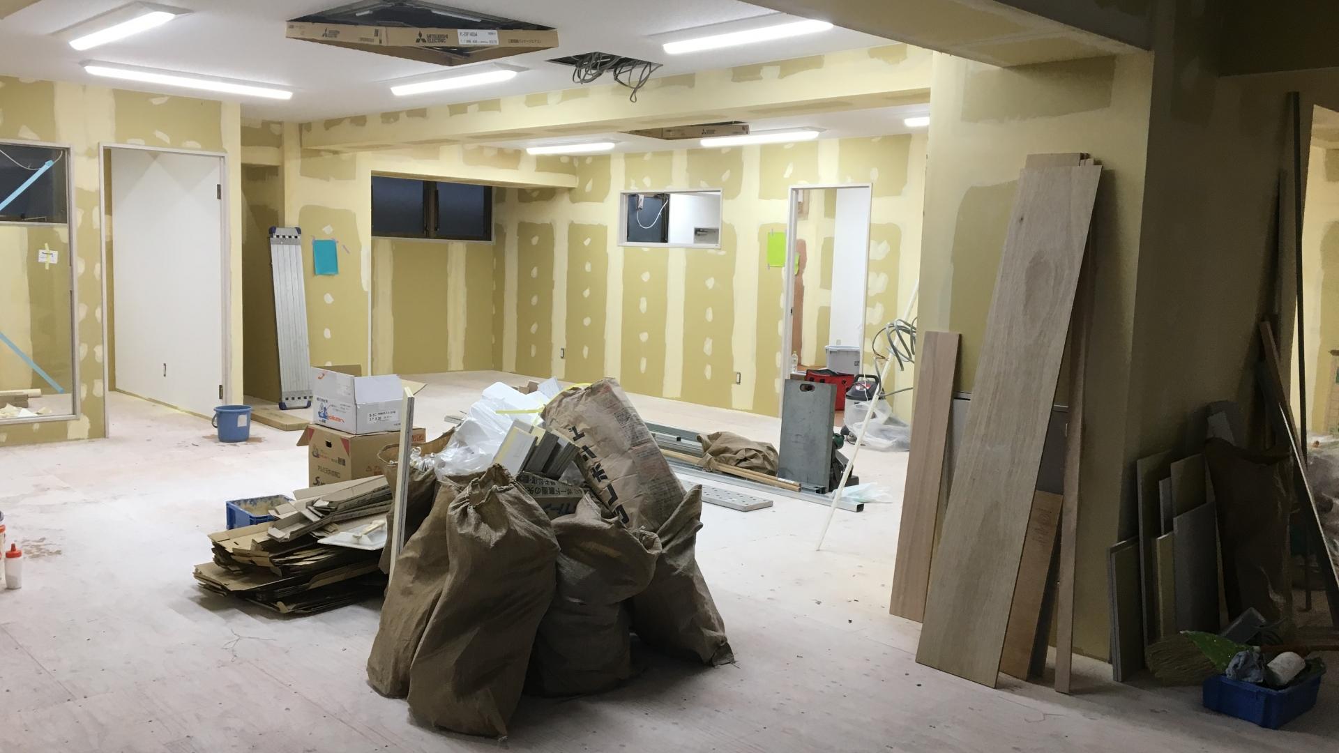 天井・壁・床ボード貼2